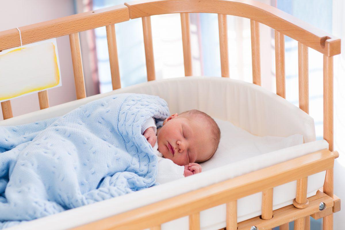 Como fazer o bebê dormir à noite toda? Veja essas 5 dicas!