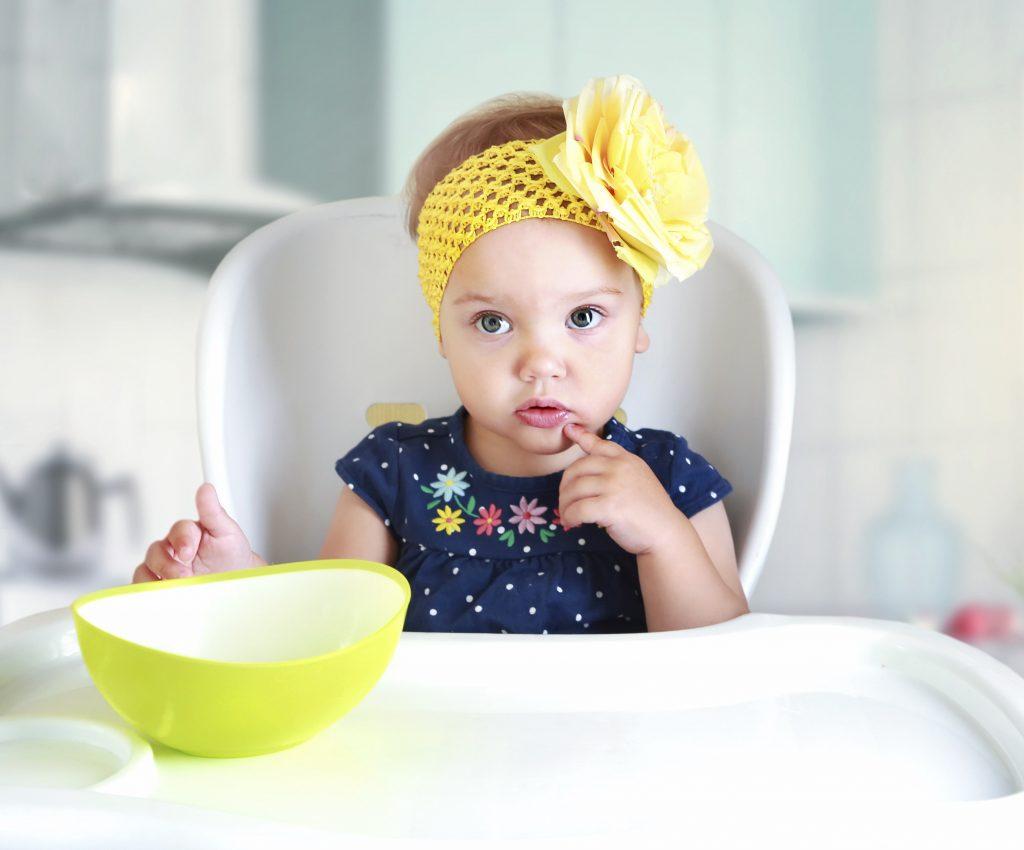 Bebê sem fazer cocô: novos alimentos prejudicam?