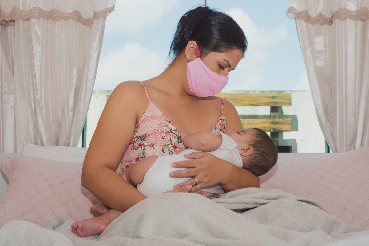 Amamentação e coronavírus: tudo o que se sabe até agora sobre o aleitamento materno em tempos de COVID-19