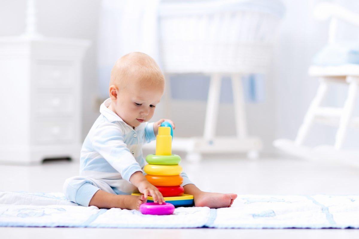 Desenvolvimento do bebê mês a mês: veja os marcos mais importantes